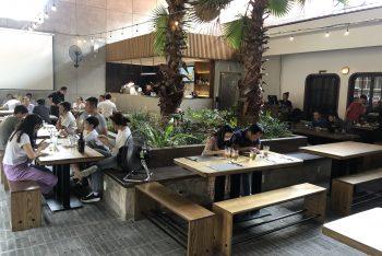 Mẫu thiết kế nhà hàng 2 tầng phá cách với diện tích 350m2