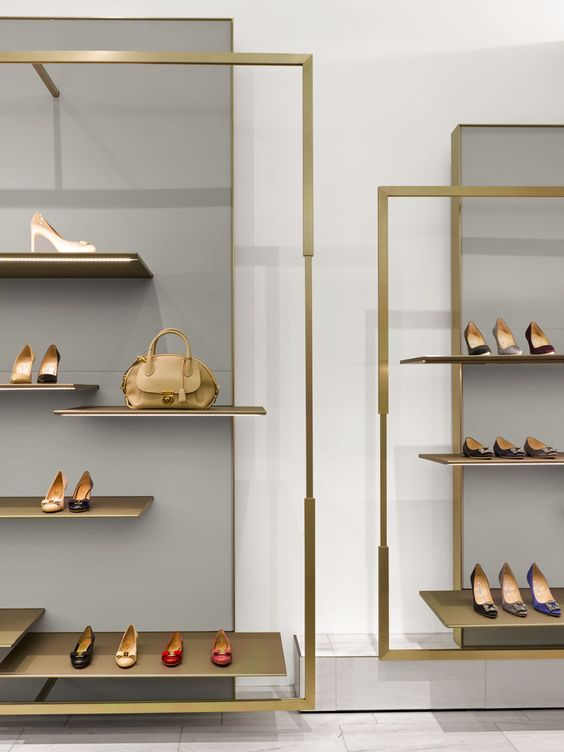 thiết kế showroom giày